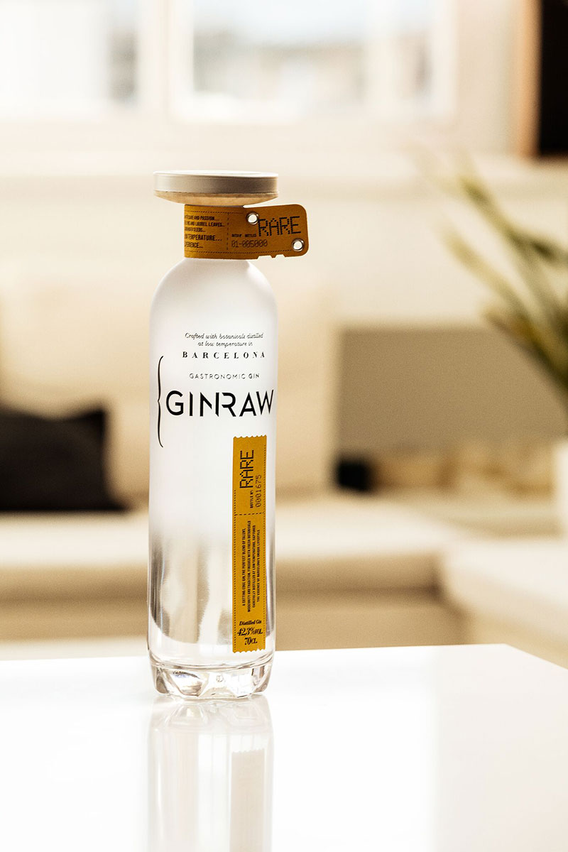 GINRAW bottle